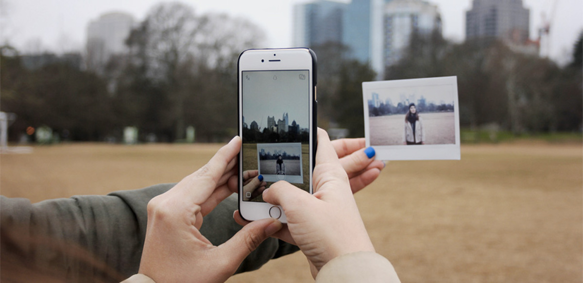 Relația Noastră Cu Social Media: It's Complicated