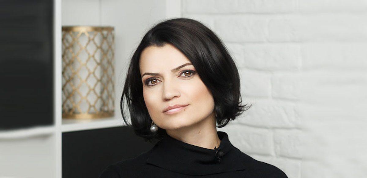 Despre Schimbare, Despre Sens și Echilibru: Interviu Cu Larisa Petrini
