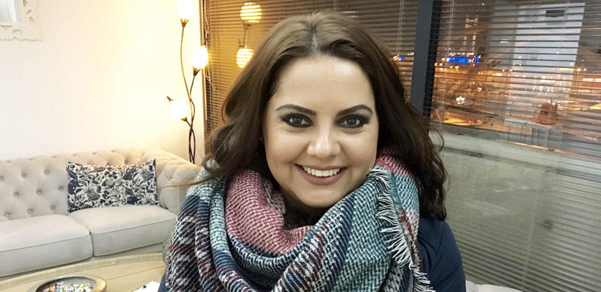 Orice Femeie Se Simte Bine ȋn Pielea Ei, însă Poate Cuceri Lumea Atunci Când Poartă Un Ruj Roşu. Interviu Cu Mihaela Gáspár