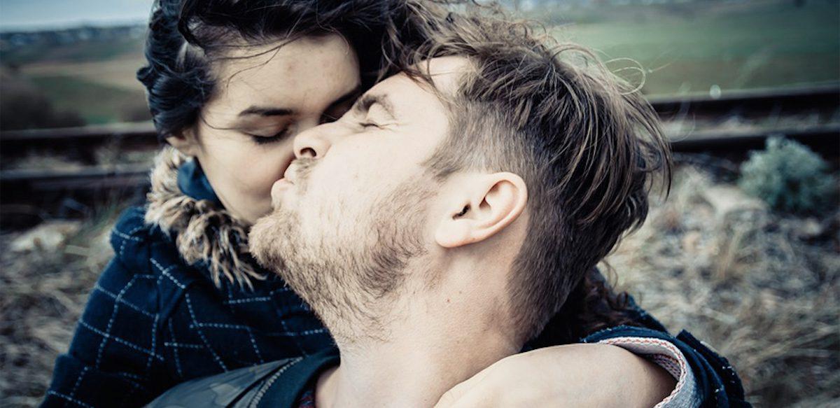 Puțin Narcisism Nu Strică. Dacă Sentimentul De A Fi Special Poate Fi Bun Pentru Noi, Cum Am Ajuns Atât De Obsedaţi De Ideea Că E Rău?