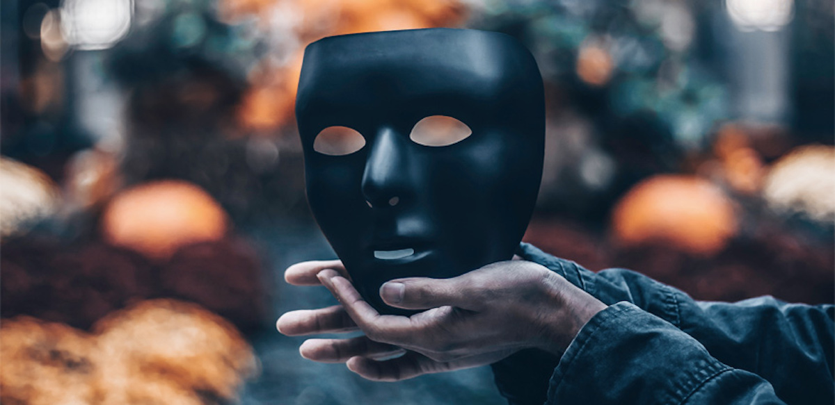 Minciuna – Sau Despre școala Supraviețuirii Mentale
