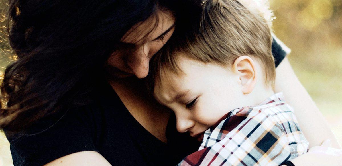 Uneori, Un Adevăr Dureros Este Necesar Pentru A Proteja încrederea Copiilor în Părinți