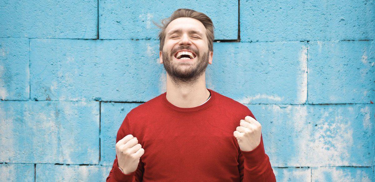 Râsul Este Soarele Care Alungă Iarna De Pe Chipul Omului