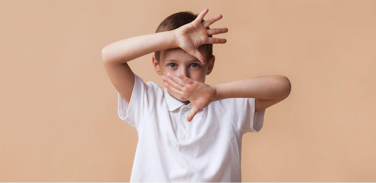 Ce Se întâmplă între Părinți și Copii? Parentingul De Azi și Educația De Ieri