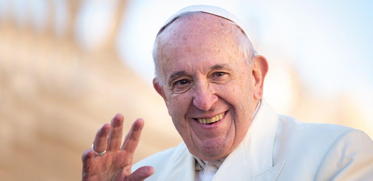 Papa Francisc Oferă întregii Lumi Un Nou Exemplu De Umanitate